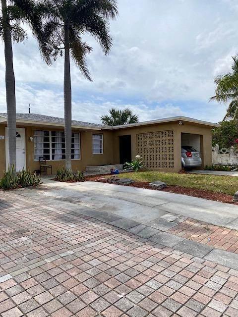 1601 20th Avenue N, Lake Worth Beach, FL 33460 (#RX-10697912) :: Posh Properties