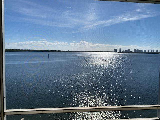 60 Yacht Club Drive #406, North Palm Beach, FL 33408 (#RX-10698020) :: DO Homes Group