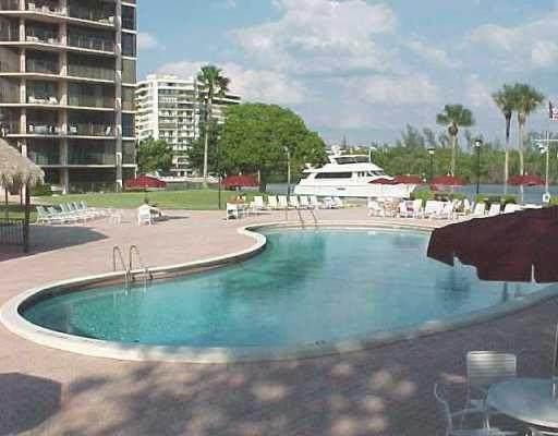 859 Jeffery Street #702, Boca Raton, FL 33487 (#RX-10701904) :: Ryan Jennings Group