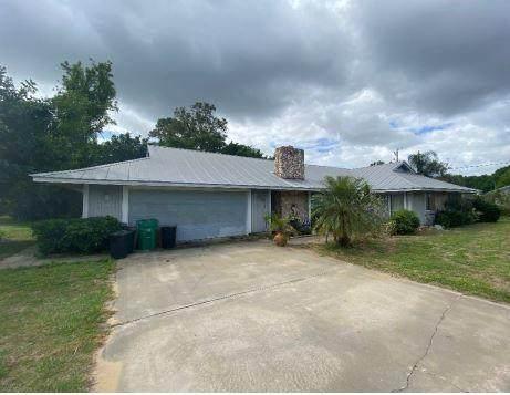 800 SE Elwood Avenue, Fort Pierce, FL 34983 (MLS #RX-10703102) :: The Paiz Group