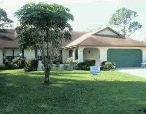 2661 SE Opal Circle, Port Saint Lucie, FL 34952 (MLS #RX-10703590) :: The Paiz Group