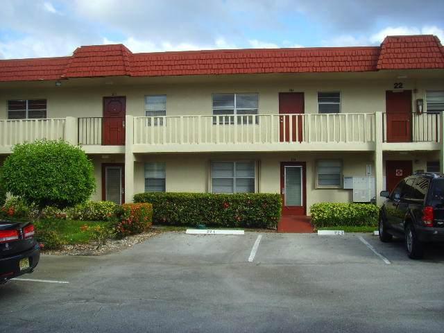 22 Abbey Lane #204, Delray Beach, FL 33446 (#RX-10704026) :: The Rizzuto Woodman Team