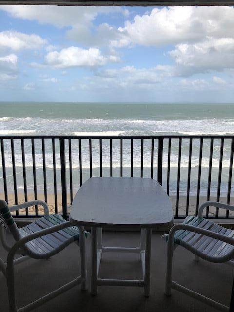 10200 S Ocean Drive S #602, Jensen Beach, FL 34957 (#RX-10704504) :: Ryan Jennings Group