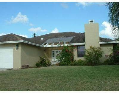 1202 Essex Drive, Wellington, FL 33414 (MLS #RX-10704878) :: The Paiz Group