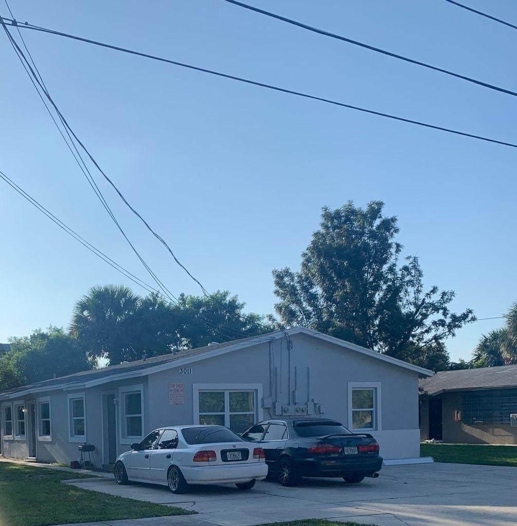 3011 Windsor Avenue - Photo 1