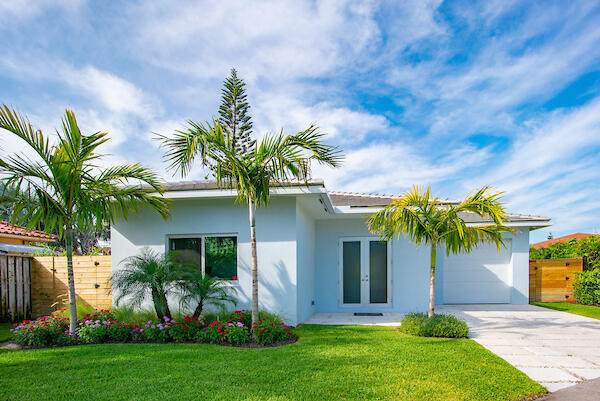 450 N Juno Lane, Juno Beach, FL 33408 (#RX-10706932) :: Heather Towe | Keller Williams Jupiter