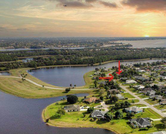 3396 SE East Snow Road, Port Saint Lucie, FL 34984 (#RX-10707032) :: Baron Real Estate