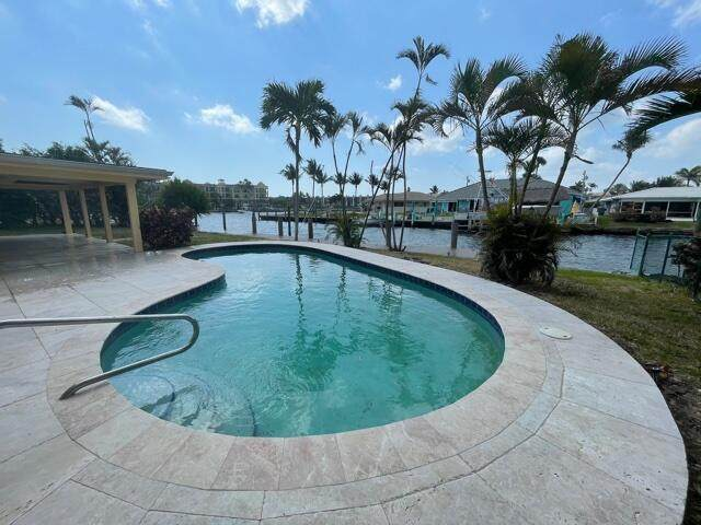 1552 SE 10th Street, Deerfield Beach, FL 33441 (MLS #RX-10707262) :: The Jack Coden Group