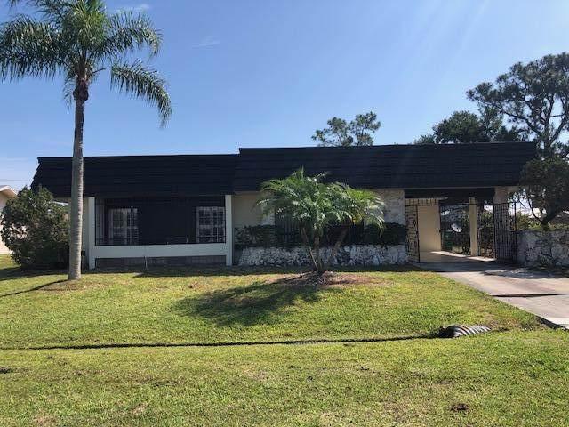 771 SE Floresta Drive, Port Saint Lucie, FL 34983 (MLS #RX-10707972) :: The Paiz Group