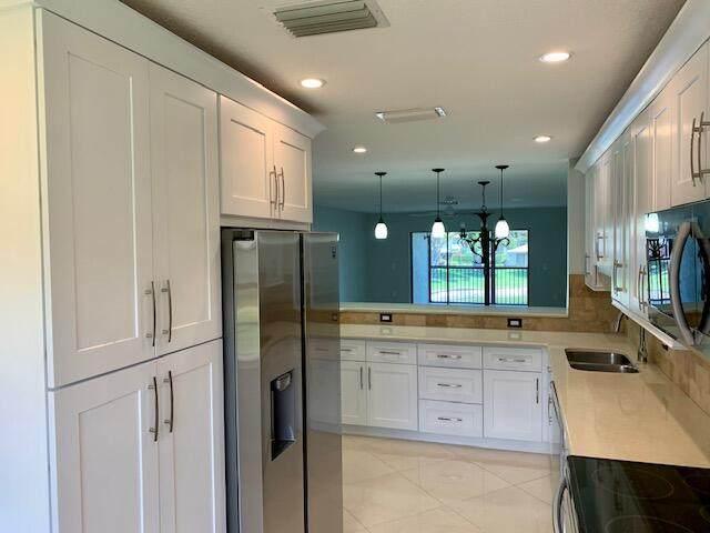 24 Stratford Drive D, Boynton Beach, FL 33436 (#RX-10709314) :: Signature International Real Estate