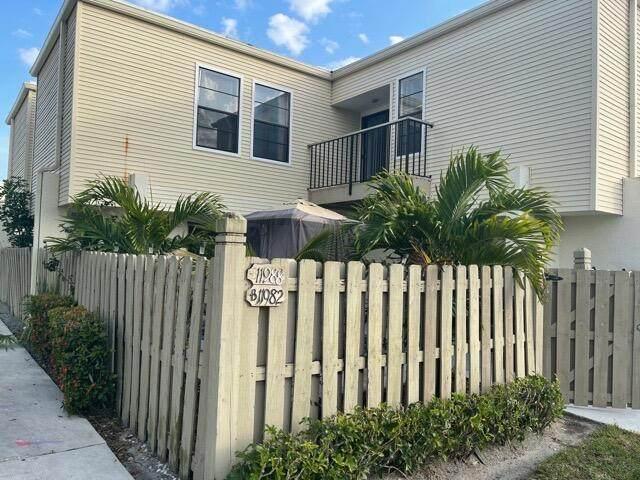 11988 Shakerwood Lane, Wellington, FL 33414 (MLS #RX-10709641) :: The DJ & Lindsey Team