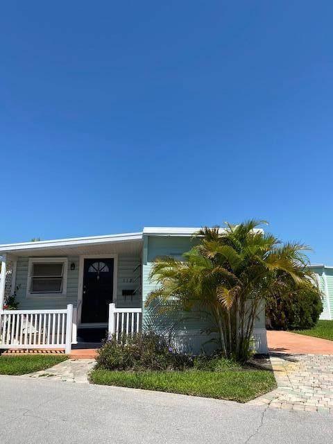 118 NE Bay Street Drive, Ocean Breeze, FL 34957 (MLS #RX-10709665) :: The DJ & Lindsey Team