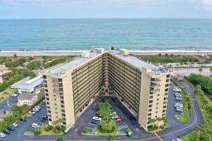 801 S Ocean Drive #803, Hutchinson Island, FL 34949 (#RX-10709882) :: Real Treasure Coast