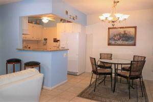 286 Norwich L, West Palm Beach, FL 33417 (#RX-10711659) :: Baron Real Estate