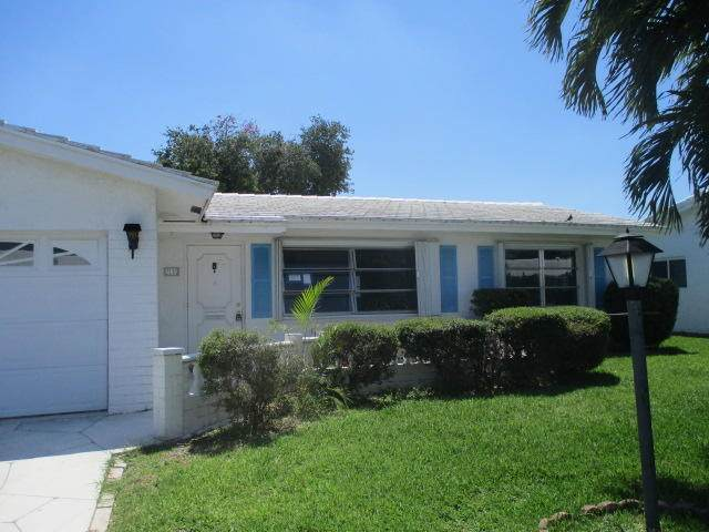2110 SW 22nd Street, Boynton Beach, FL 33426 (#RX-10713076) :: Posh Properties