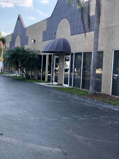 8241 Business Park Drive, Port Saint Lucie, FL 34952 (#RX-10713333) :: Posh Properties