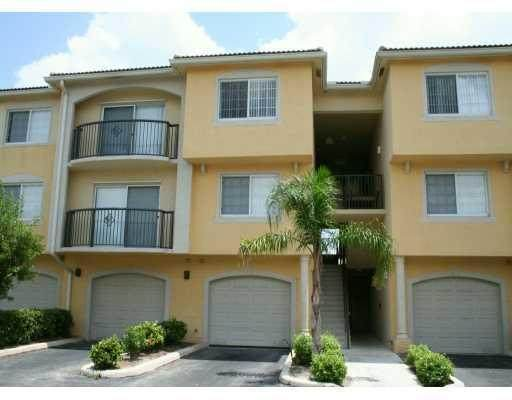 300 N Crestwood 310 Court N #310, Royal Palm Beach, FL 33411 (#RX-10714079) :: The Power of 2 | Century 21 Tenace Realty