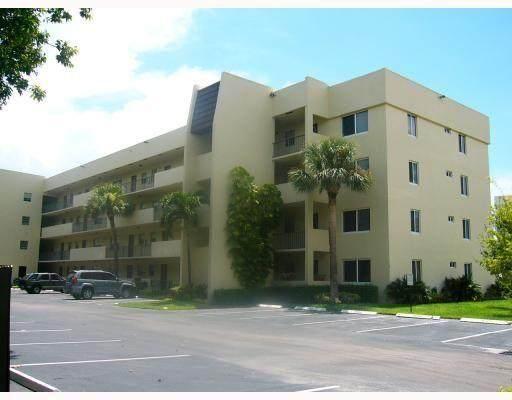 1638 Embassy Drive #312, West Palm Beach, FL 33401 (#RX-10715786) :: The Reynolds Team | Compass
