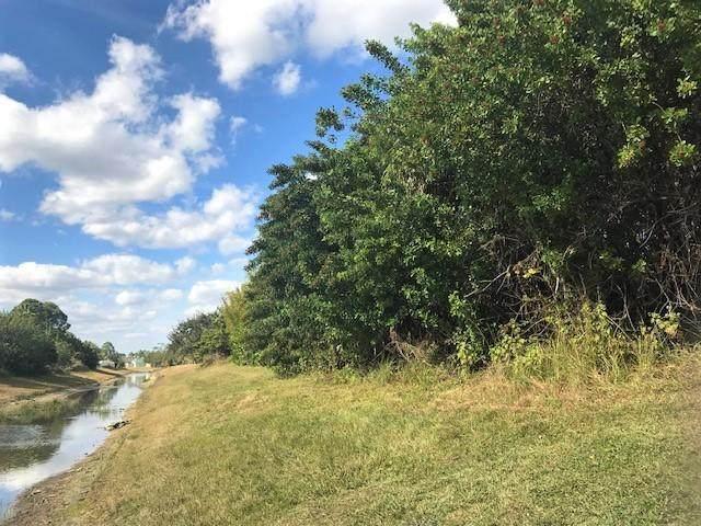 2574 SW Fairgreen Road, Port Saint Lucie, FL 34953 (#RX-10715865) :: Treasure Property Group