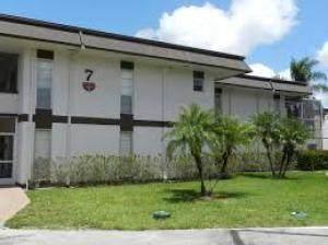 7 Greenway Village North N #207, Royal Palm Beach, FL 33411 (#RX-10715912) :: Treasure Property Group