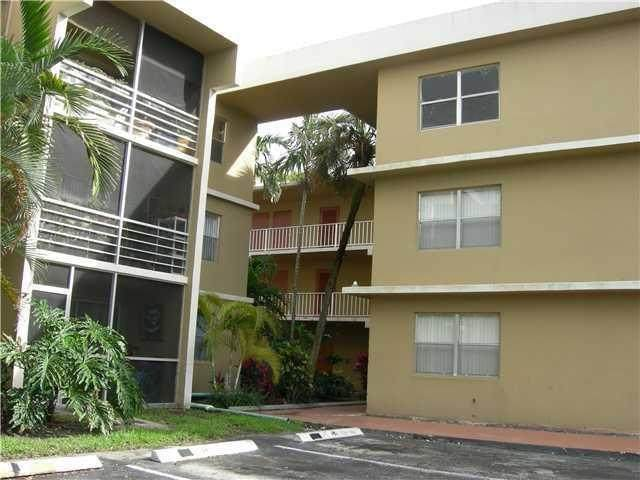 4205 N University Drive #304, Sunrise, FL 33351 (MLS #RX-10717693) :: Castelli Real Estate Services