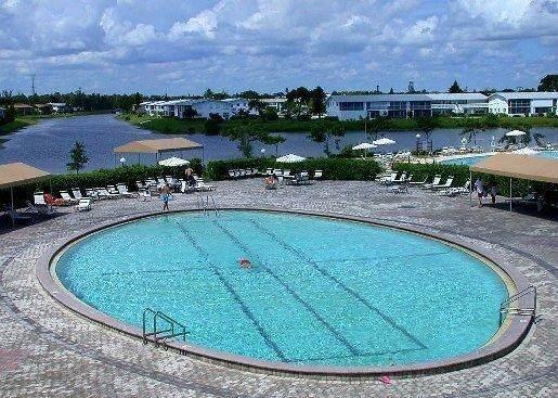 155 Sussex H, West Palm Beach, FL 33417 (#RX-10721404) :: Real Treasure Coast