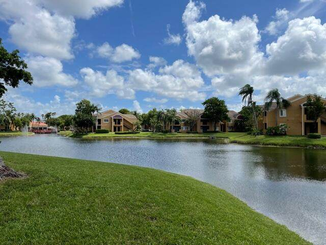 8375 SW 5th Street #205, Pembroke Pines, FL 33025 (MLS #RX-10723479) :: Berkshire Hathaway HomeServices EWM Realty