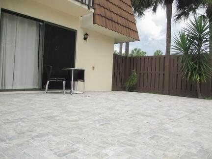 142 Heritage Way, West Palm Beach, FL 33407 (MLS #RX-10723907) :: Castelli Real Estate Services