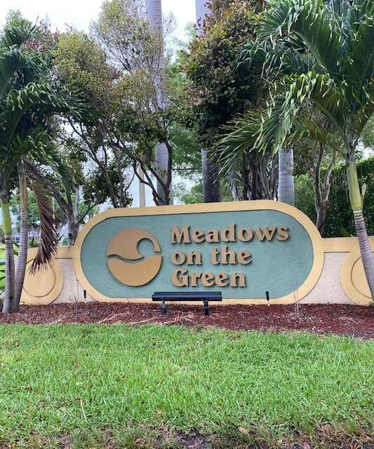 105 Meadows Circle #105, Boynton Beach, FL 33436 (#RX-10725632) :: The Power of 2   Century 21 Tenace Realty