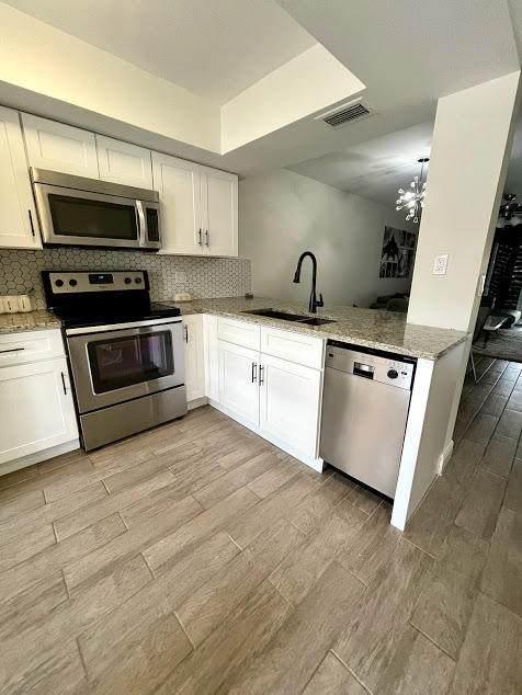 2379 SW 15th Street #109, Deerfield Beach, FL 33442 (#RX-10725715) :: Michael Kaufman Real Estate