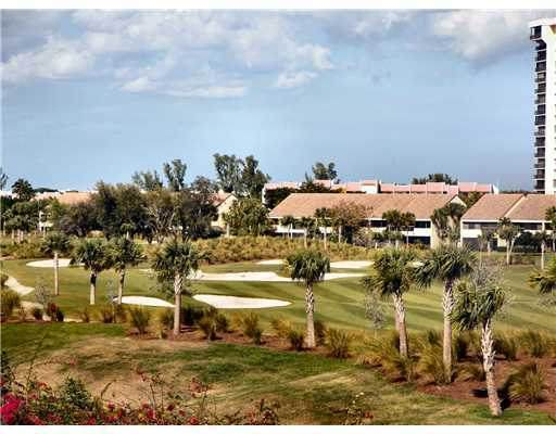 1750 N Congress #403, West Palm Beach, FL 33401 (#RX-10725831) :: Baron Real Estate