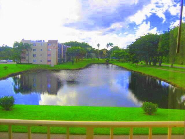 14307 Bedford Drive #206, Delray Beach, FL 33446 (#RX-10726419) :: Treasure Property Group