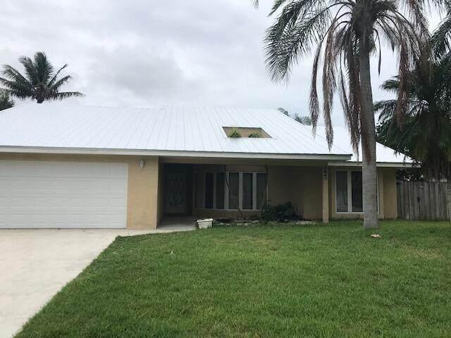 2647 SE Export Avenue, Port Saint Lucie, FL 34952 (#RX-10726490) :: Michael Kaufman Real Estate