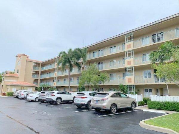 12511 Imperial Isle Drive #302, Boynton Beach, FL 33437 (#RX-10726676) :: The Reynolds Team | Compass