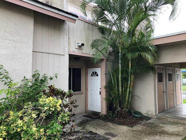 3923 Coral Springs Drive #28, Coral Springs, FL 33065 (#RX-10727666) :: The Reynolds Team | Compass