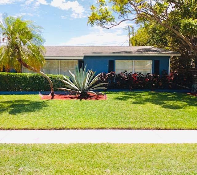 1411 Lake Bass Drive, Lake Worth, FL 33461 (#RX-10730483) :: Treasure Property Group