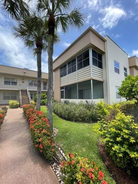 395 Burgundy I, Delray Beach, FL 33484 (#RX-10731164) :: Treasure Property Group