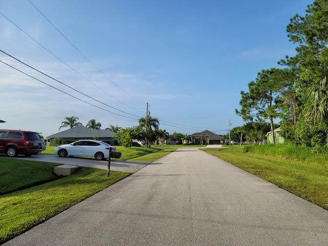 6458 NW Faye Street, Port Saint Lucie, FL 34986 (#RX-10733199) :: DO Homes Group