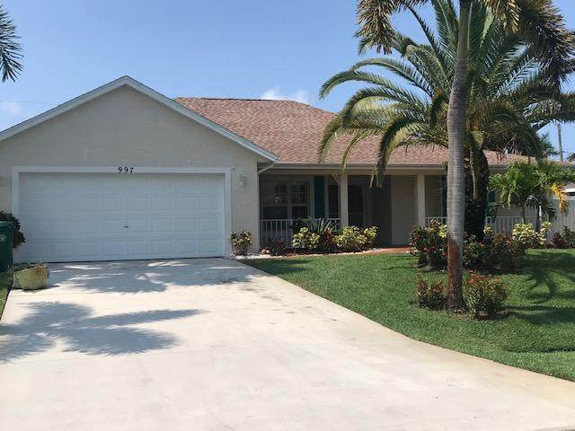 997 SE Albatross Avenue, Port Saint Lucie, FL 34983 (MLS #RX-10733442) :: Castelli Real Estate Services