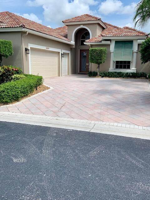 10754 Greenbriar Villa Drive, Lake Worth, FL 33449 (MLS #RX-10733462) :: Castelli Real Estate Services