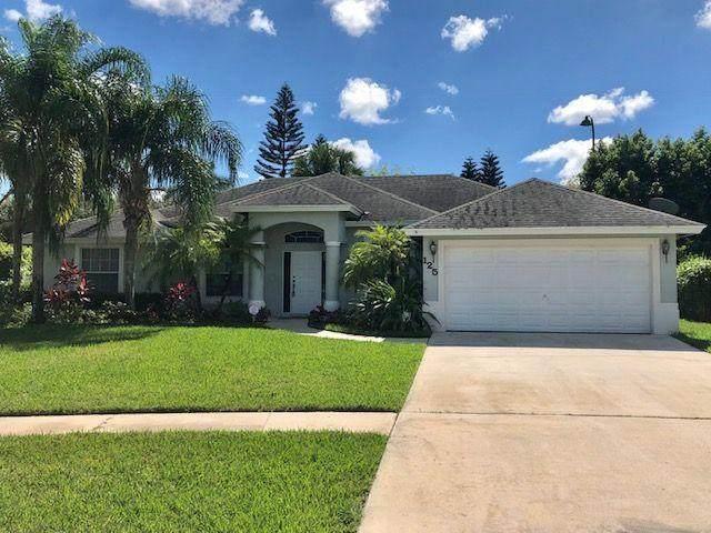 125 Meadow Woode Drive, Royal Palm Beach, FL 33411 (#RX-10733605) :: Dalton Wade