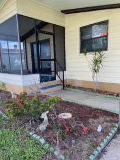 2124 E Lakeview Drive, Sebastian, FL 32958 (#RX-10733997) :: The Reynolds Team | Compass