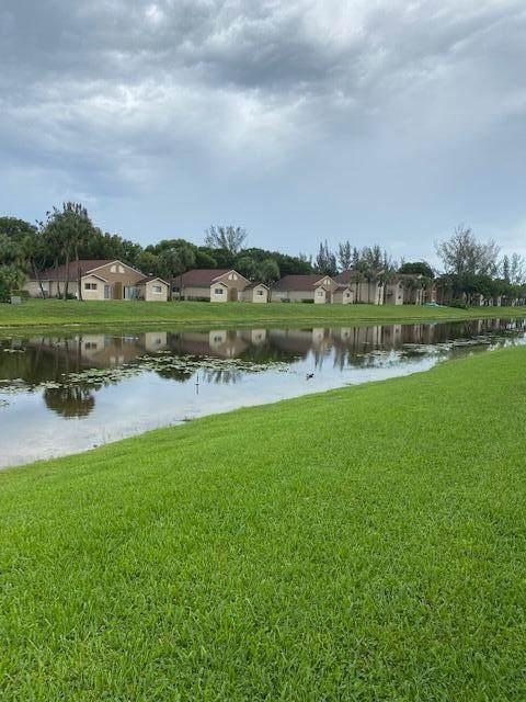 1056 Lake Victoria Drive B, West Palm Beach, FL 33411 (MLS #RX-10734475) :: Castelli Real Estate Services