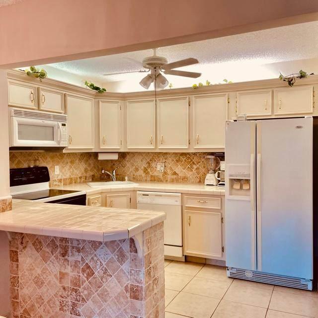 137 Lake Pine Circle B1, Greenacres, FL 33463 (#RX-10734894) :: Baron Real Estate