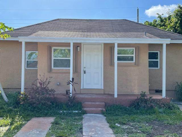 1021 Mango Drive, Delray Beach, FL 33444 (#RX-10735083) :: Treasure Property Group