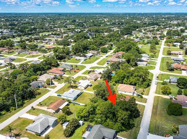 434 SE Guava Terrace, Port Saint Lucie, FL 34983 (MLS #RX-10735354) :: Castelli Real Estate Services