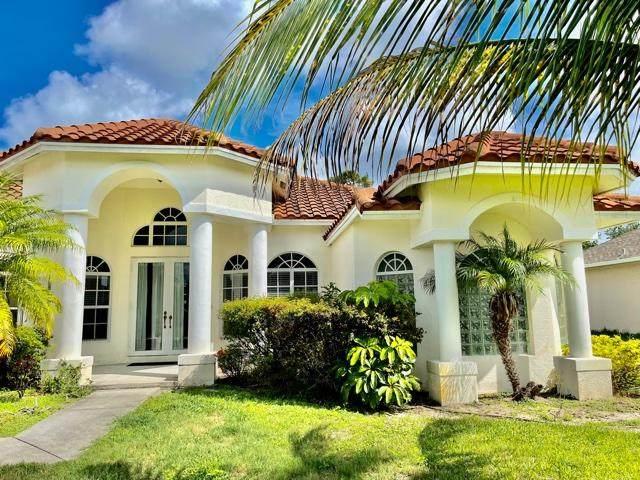 2849 SE Buccaneer Circle, Port Saint Lucie, FL 34952 (MLS #RX-10735482) :: Berkshire Hathaway HomeServices EWM Realty