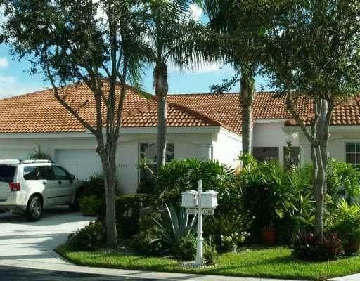 8202 Via Di Veneto, Boca Raton, FL 33496 (#RX-10735640) :: Ryan Jennings Group