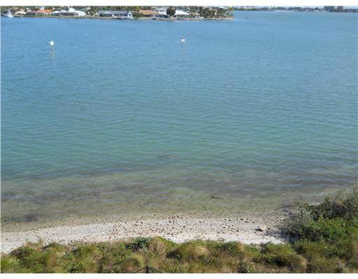 3 Harbour Isle Drive - Photo 1