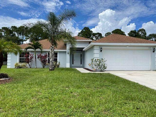 1691 SW Penrose Avenue, Port Saint Lucie, FL 34953 (#RX-10736018) :: Treasure Property Group